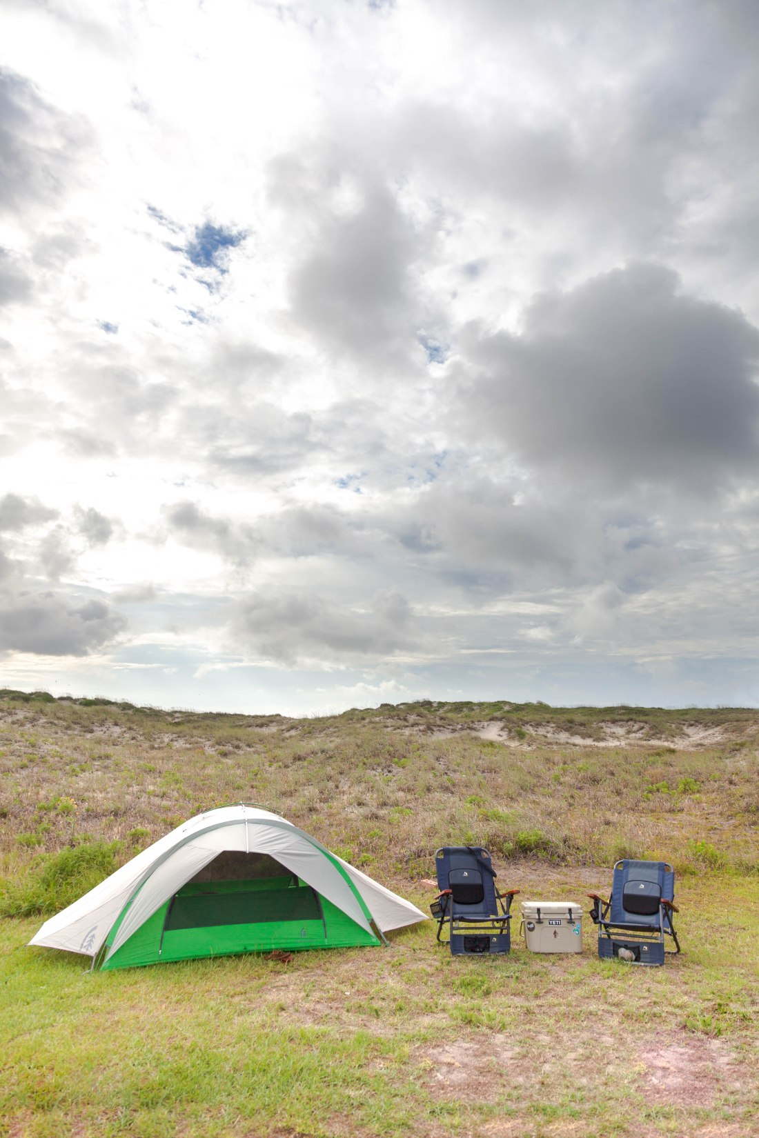 tent camping at oregon inlet at cape hatteras